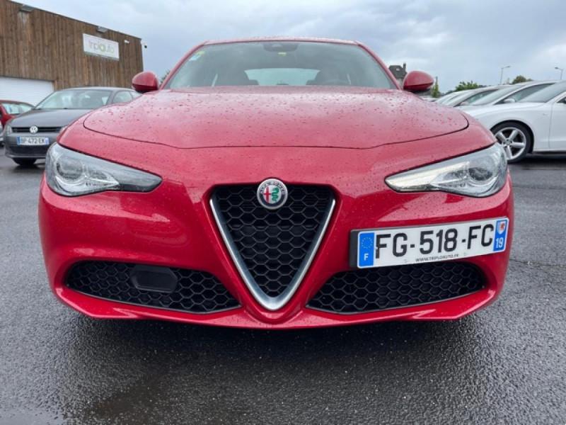 Photo 7 de l'offre de ALFA ROMEO GIULIA 2.2 D 136 - BVA SUPER CUIR ROUGE GPS à 21990€ chez Triplo auto