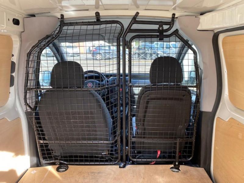 Photo 12 de l'offre de FIAT FIORINO 1.3 MULTIJET 16V - 80  PACK CLIM  à 8490€ chez Triplo auto