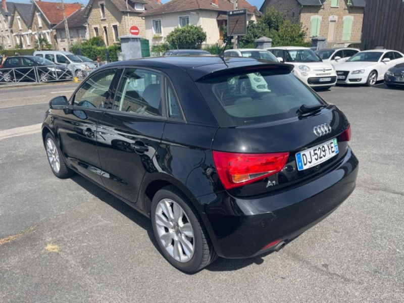 Photo 3 de l'offre de AUDI A1 1.2 TFSI  86 - S/S AMBITION  à 11990€ chez Triplo auto