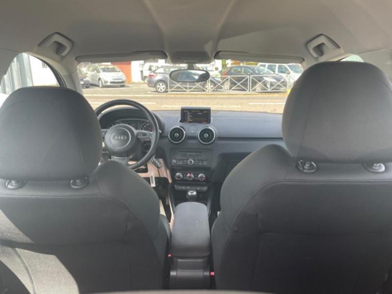 Photo 10 de l'offre de AUDI A1 1.2 TFSI  86 - S/S AMBITION  à 11990€ chez Triplo auto