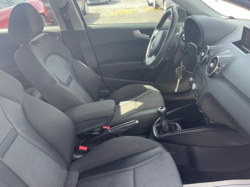 Photo 15 de l'offre de AUDI A1 1.2 TFSI  86 - S/S AMBITION  à 11990€ chez Triplo auto