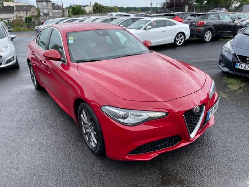 Photo 6 de l'offre de ALFA ROMEO GIULIA 2.2 D 136 - BVA SUPER CUIR ROUGE GPS à 21990€ chez Triplo auto