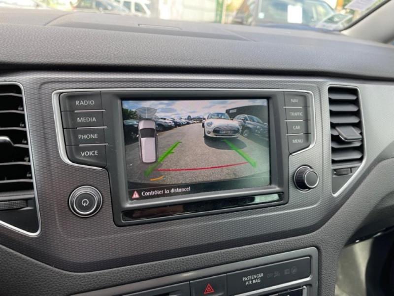 Photo 19 de l'offre de VOLKSWAGEN GOLF SPORTSVAN 2.0 TDI 150 DSG 6 LOUNGE GPS CAMERA  à 14490€ chez Triplo auto