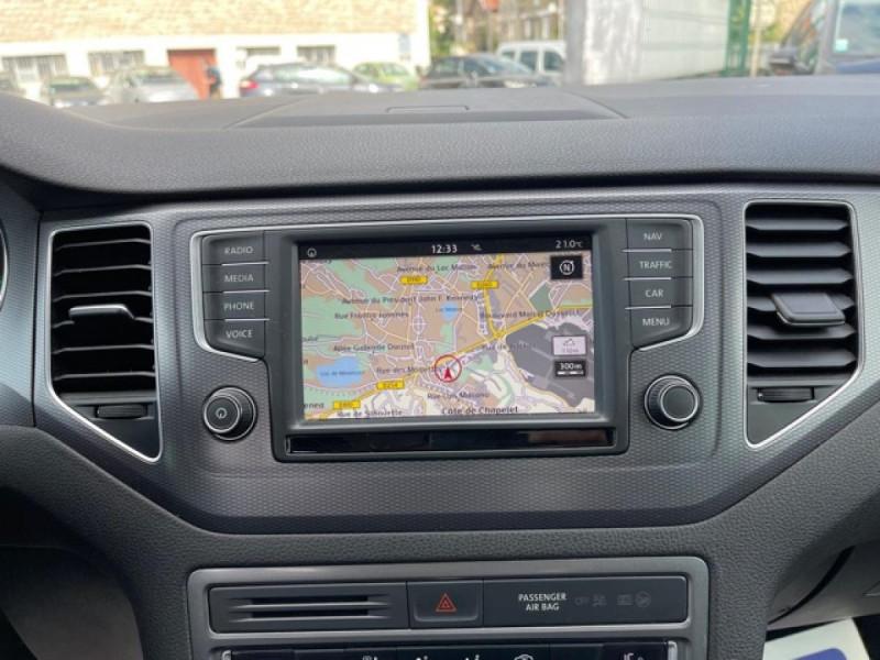 Photo 17 de l'offre de VOLKSWAGEN GOLF SPORTSVAN 2.0 TDI 150 DSG 6 LOUNGE GPS CAMERA  à 14490€ chez Triplo auto