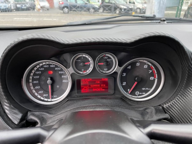 Photo 15 de l'offre de ALFA ROMEO MITO 1.4 TB MULTIAIR - 170 S/S  QUADRIFOGLIO VERDE  à 12490€ chez Triplo auto