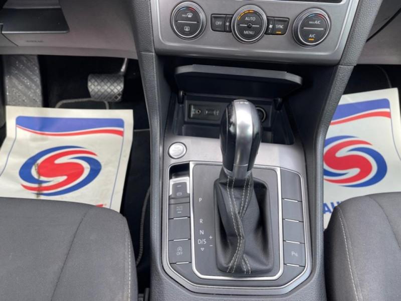 Photo 16 de l'offre de VOLKSWAGEN GOLF SPORTSVAN 2.0 TDI 150 DSG 6 LOUNGE GPS CAMERA  à 14490€ chez Triplo auto