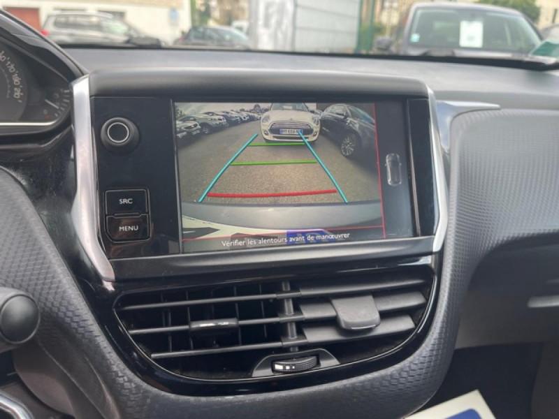 Photo 27 de l'offre de PEUGEOT 208 1.2I S&S 110 EAT6 GT LINE GPS CAMERA PARK ASSIST à 10990€ chez Triplo auto