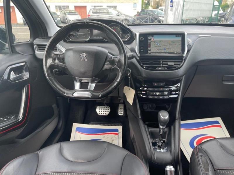 Photo 14 de l'offre de PEUGEOT 208 1.2I S&S 110 EAT6 GT LINE GPS CAMERA PARK ASSIST à 10990€ chez Triplo auto