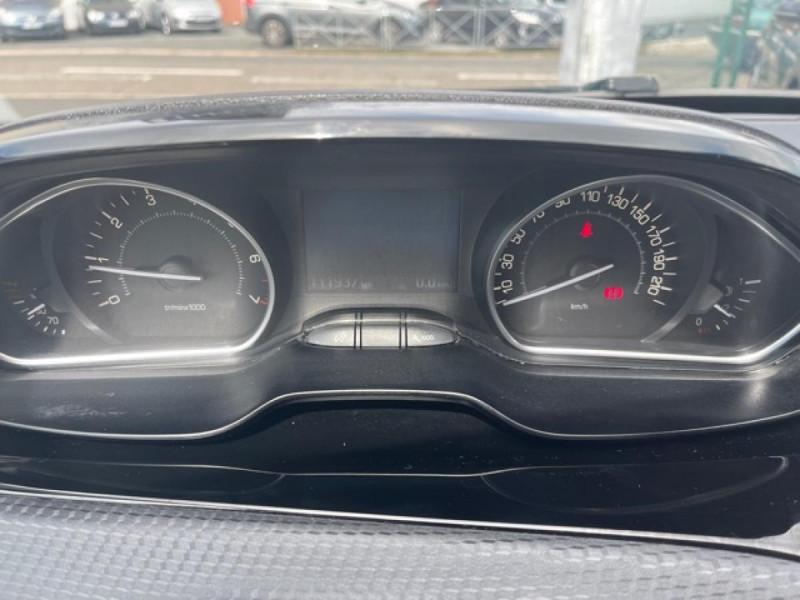 Photo 25 de l'offre de PEUGEOT 208 1.2I S&S 110 EAT6 GT LINE GPS CAMERA PARK ASSIST à 10990€ chez Triplo auto