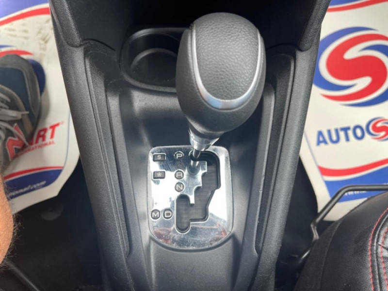 Photo 21 de l'offre de PEUGEOT 208 1.2I S&S 110 EAT6 GT LINE GPS CAMERA PARK ASSIST à 10990€ chez Triplo auto