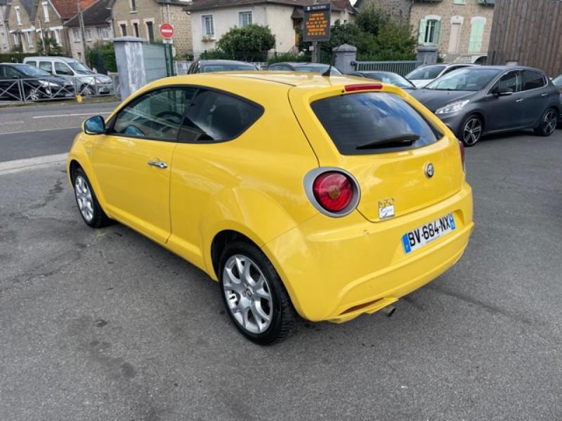 Photo 3 de l'offre de ALFA ROMEO MITO 1.4 MPI - 78 S/S  DISTINCTIVE  à 6490€ chez Triplo auto