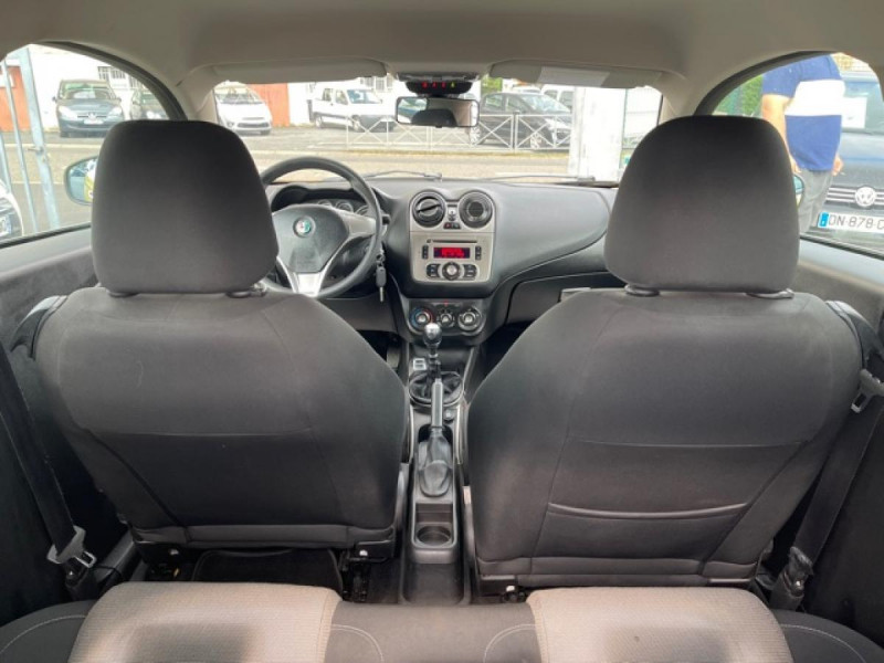 Photo 9 de l'offre de ALFA ROMEO MITO 1.4 MPI - 78 S/S  DISTINCTIVE  à 6490€ chez Triplo auto
