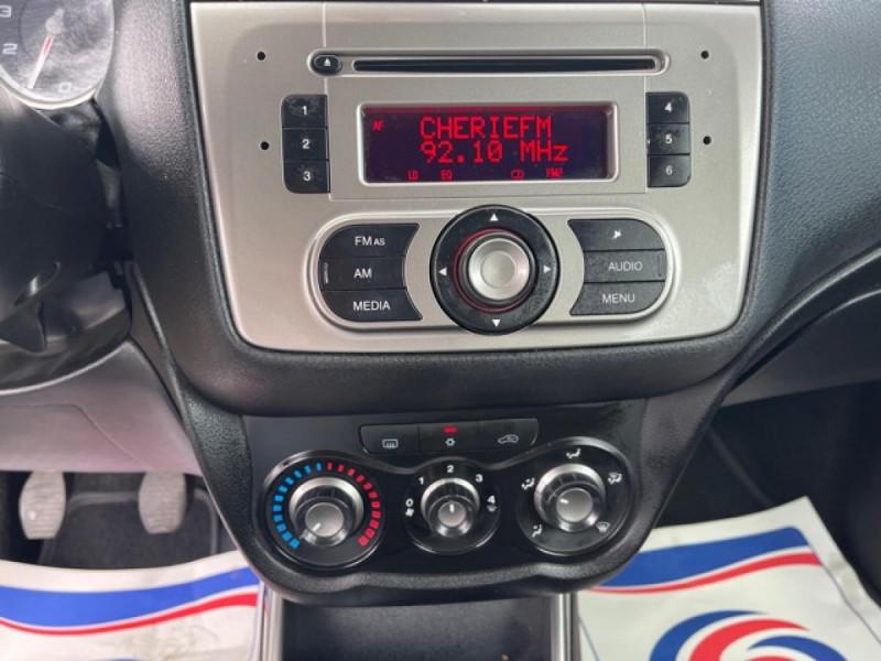 Photo 16 de l'offre de ALFA ROMEO MITO 1.4 MPI - 78 S/S  DISTINCTIVE  à 6490€ chez Triplo auto