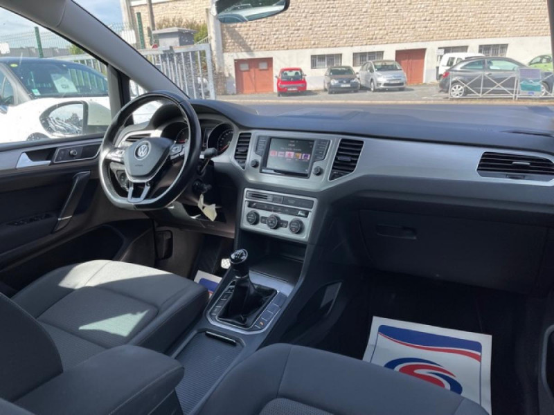 Photo 14 de l'offre de VOLKSWAGEN GOLF SPORTSVAN 2.0 TDI 150 CONFORTLINE   ATTELAGE à 16990€ chez Triplo auto