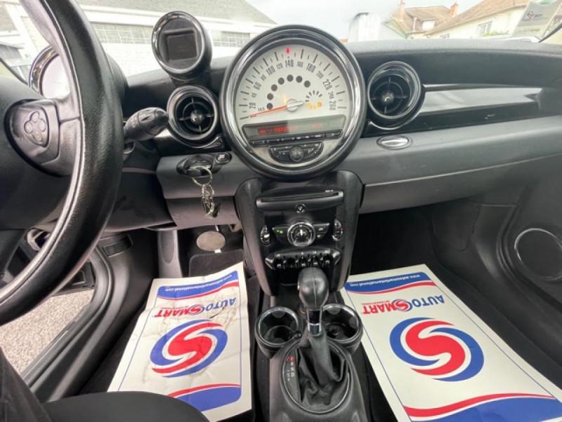 Photo 14 de l'offre de MINI MINI 2.0 D 112 BVA R56 COOPER TOIT OUVRANT à 10990€ chez Triplo auto