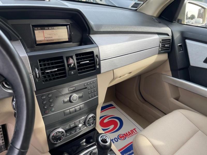 Photo 21 de l'offre de MERCEDES-BENZ GLK 200 CDI FAP BLUEEFFICIENCY  - BM X204  à 16990€ chez Triplo auto