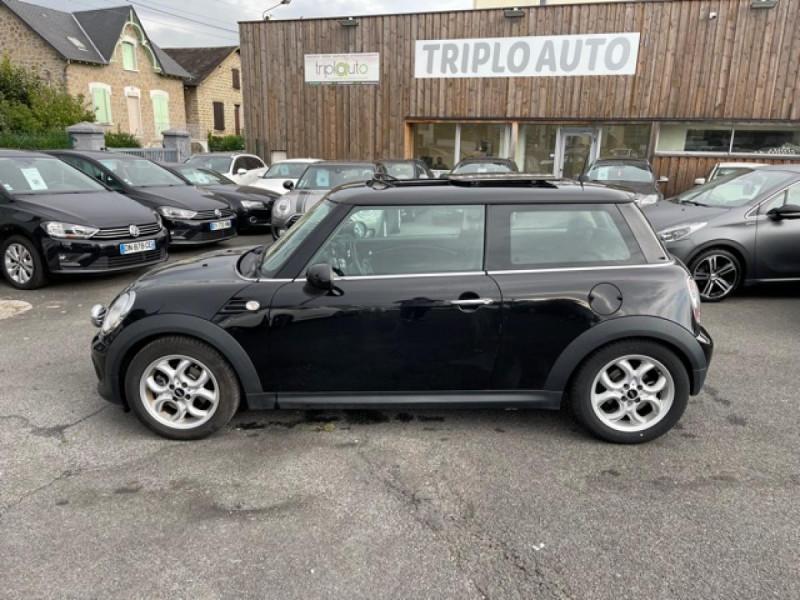 Photo 2 de l'offre de MINI MINI 2.0 D 112 BVA R56 COOPER TOIT OUVRANT à 10990€ chez Triplo auto