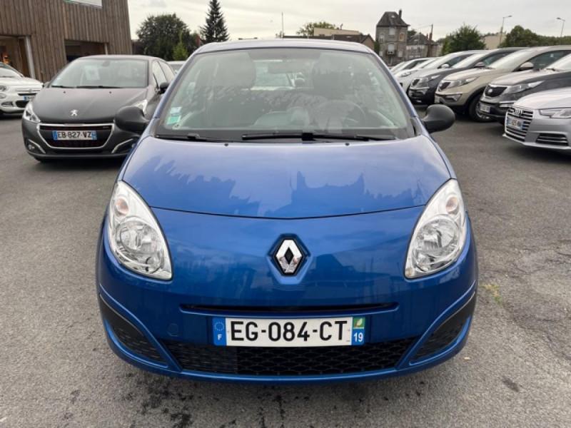 Photo 8 de l'offre de RENAULT TWINGO 1.2I 60 AUTHENTIQUE 63 000KM à 4990€ chez Triplo auto