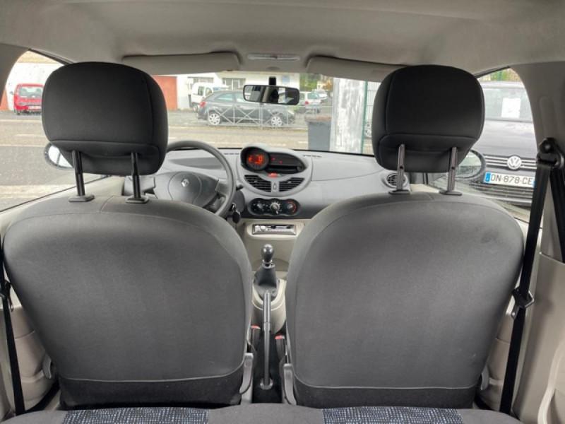 Photo 10 de l'offre de RENAULT TWINGO 1.2I 60 AUTHENTIQUE 63 000KM à 4990€ chez Triplo auto