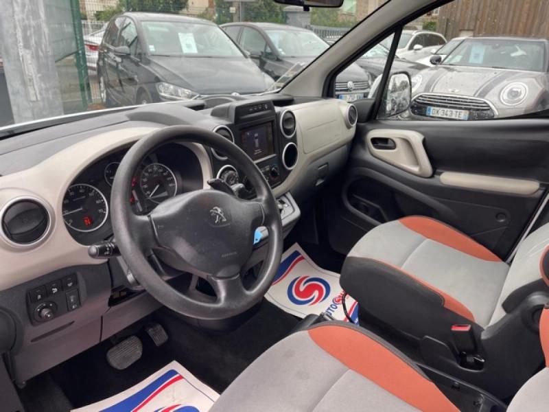 Photo 11 de l'offre de PEUGEOT PARTNER TEPEE 1.6 BLUEHDI S&S 100 ETG6 ACTIVE BOITE AUTO à 11990€ chez Triplo auto