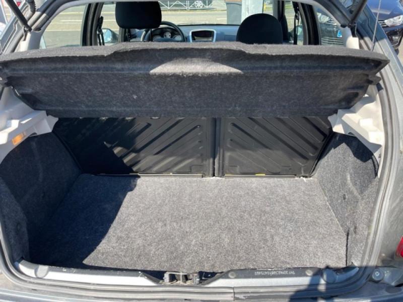Photo 10 de l'offre de PEUGEOT 206   1.4I TRENDY CLIM 5P à 5990€ chez Triplo auto