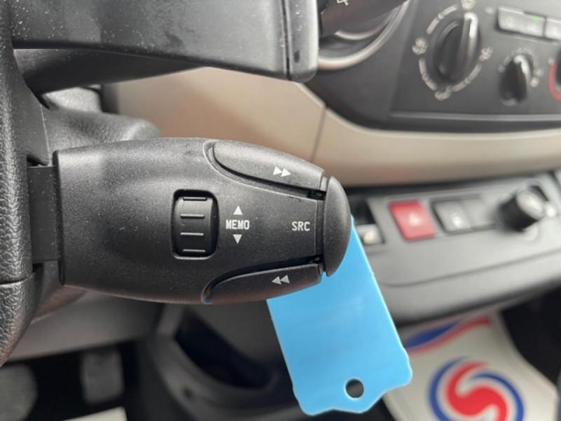 Photo 19 de l'offre de PEUGEOT PARTNER TEPEE 1.6 BLUEHDI S&S 100 ETG6 ACTIVE BOITE AUTO à 11990€ chez Triplo auto