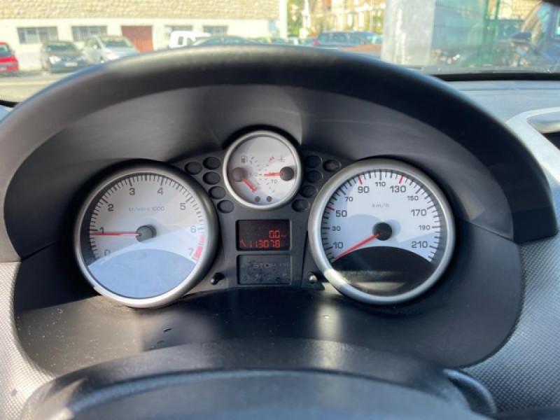 Photo 19 de l'offre de PEUGEOT 206   1.4I TRENDY CLIM 5P à 5990€ chez Triplo auto