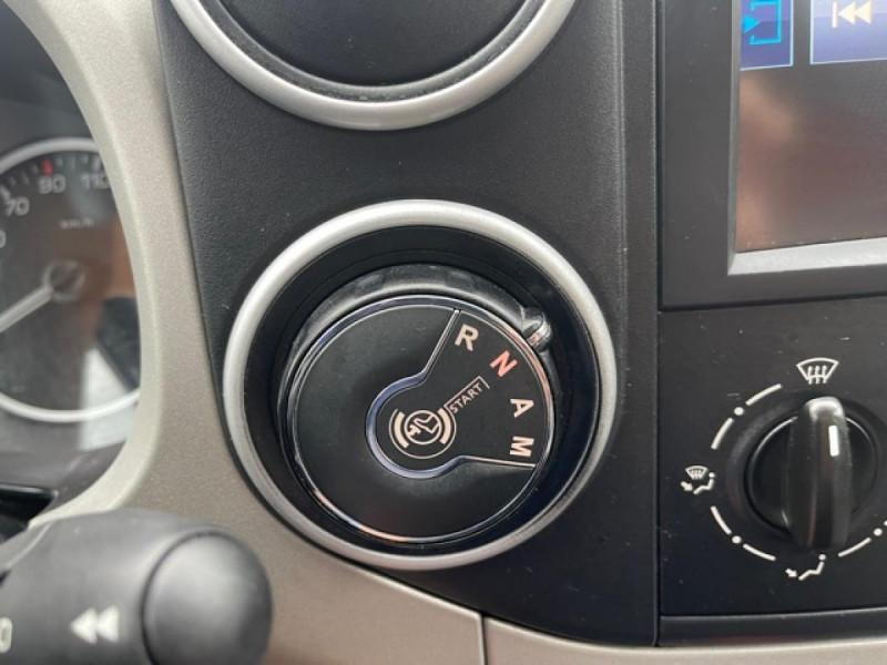 Photo 17 de l'offre de PEUGEOT PARTNER TEPEE 1.6 BLUEHDI S&S 100 ETG6 ACTIVE BOITE AUTO à 11990€ chez Triplo auto