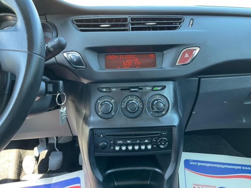Photo 18 de l'offre de CITROEN C3  1.1I  ATTRACTION CLIM à 6350€ chez Triplo auto