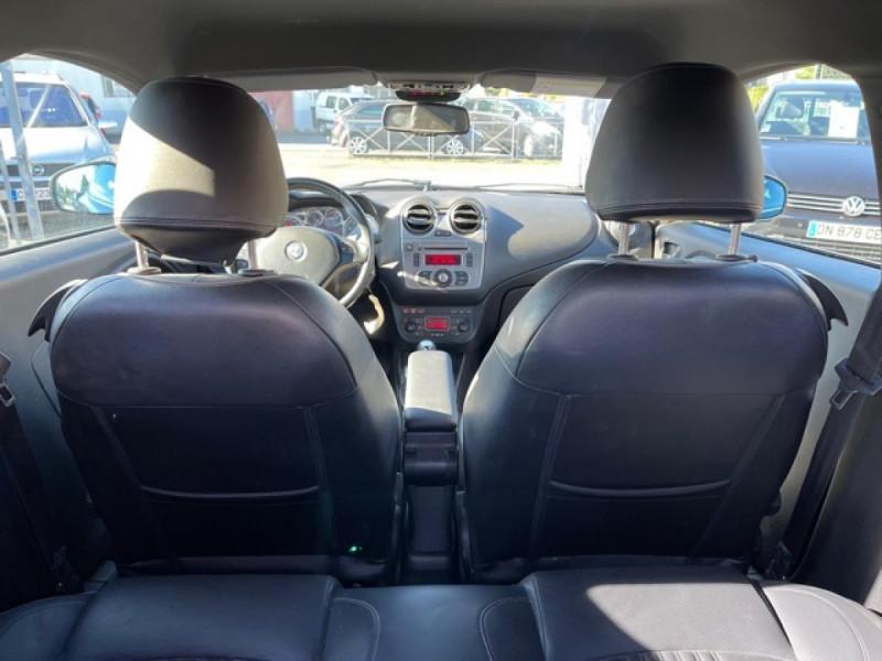 Photo 9 de l'offre de ALFA ROMEO MITO 1.4 TB MULTIAIR - 170 S/S  QUADRIFOGLIO VERDE CUIR DISTRI OK à 9990€ chez Triplo auto