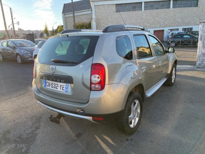 Photo 5 de l'offre de DACIA DUSTER 1.6 16V - 105 4X4 PRESTIGE CLIM CUIR à 8990€ chez Triplo auto
