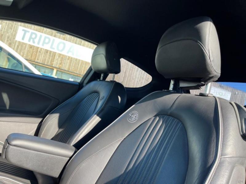 Photo 20 de l'offre de ALFA ROMEO MITO 1.4 TB MULTIAIR - 170 S/S  QUADRIFOGLIO VERDE CUIR DISTRI OK à 9990€ chez Triplo auto