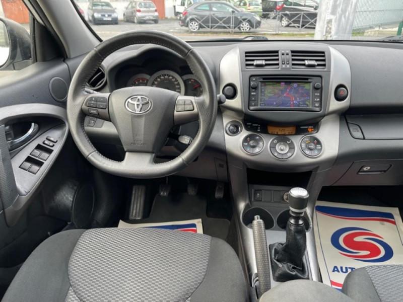 Photo 14 de l'offre de TOYOTA RAV 4 150 D-4D LIMITED EDITION CAMERA   GPS  à 12490€ chez Triplo auto
