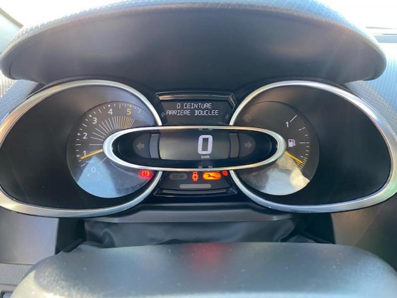Photo 25 de l'offre de RENAULT CLIO ESTATE 1.5 DCI 90 INTENS GPS   ATTELAGE à 9490€ chez Triplo auto
