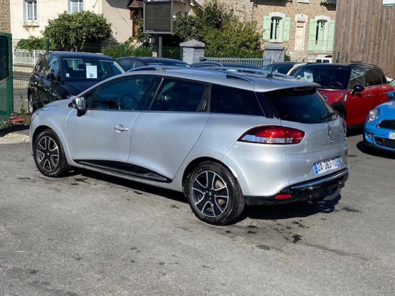 Photo 3 de l'offre de RENAULT CLIO ESTATE 1.5 DCI 90 INTENS GPS   ATTELAGE à 9490€ chez Triplo auto