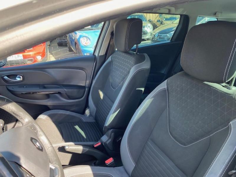 Photo 13 de l'offre de RENAULT CLIO ESTATE 1.5 DCI 90 INTENS GPS   ATTELAGE à 9490€ chez Triplo auto