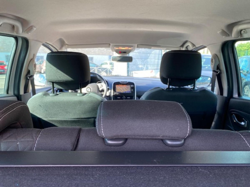 Photo 10 de l'offre de RENAULT CLIO ESTATE 1.5 DCI 90 INTENS GPS   ATTELAGE à 9490€ chez Triplo auto
