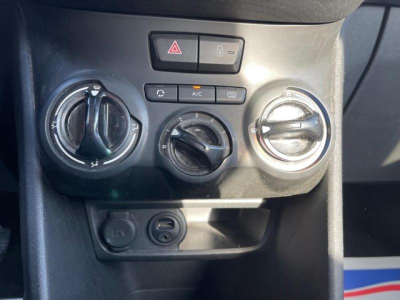 Photo 19 de l'offre de PEUGEOT 2008 1.6 E-HDI 92 ACTIVE   ATTELAGE à 8990€ chez Triplo auto