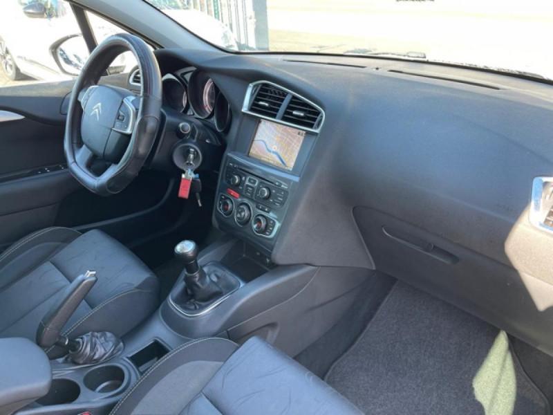Photo 14 de l'offre de CITROEN C4 1.6 HDI 90 MILLENIUM GPS RADAR AR à 8490€ chez Triplo auto