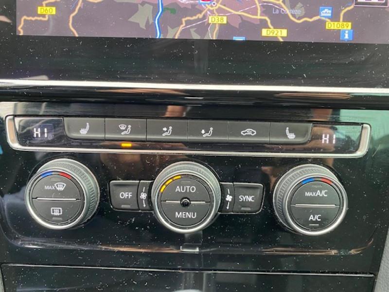 Photo 23 de l'offre de VOLKSWAGEN GOLF VII 1.6 TDI 115 DSG 7  CONFORTLINE BUSINESS GPS à 18490€ chez Triplo auto