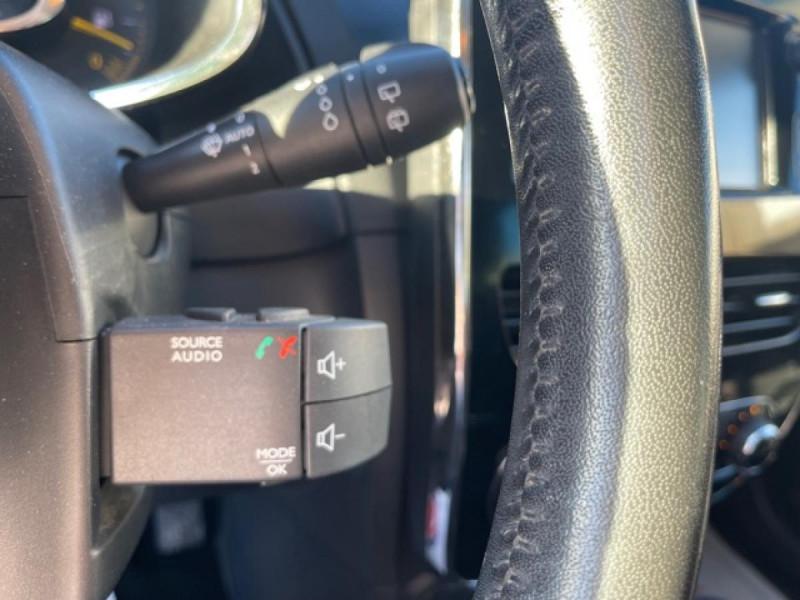 Photo 21 de l'offre de RENAULT CLIO 1.5 DCI 90 IV BUSINESS GPS à 9490€ chez Triplo auto