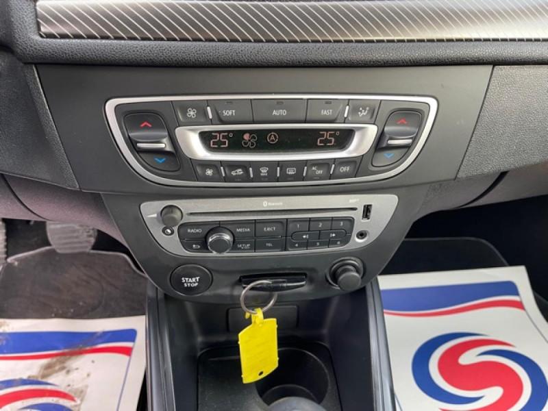 Photo 17 de l'offre de RENAULT MEGANE 1.2 ENERGY TCE 115 EXPRESSION CLIM à 7990€ chez Triplo auto