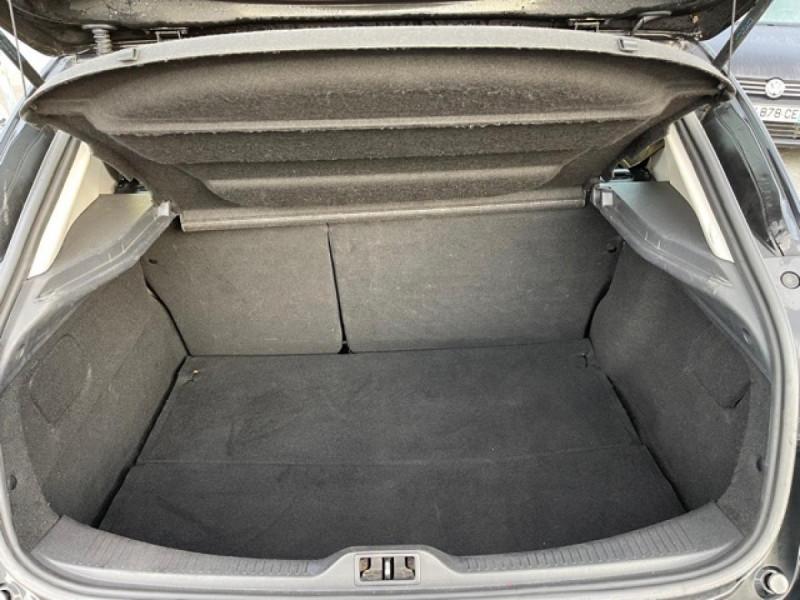 Photo 9 de l'offre de RENAULT MEGANE 1.2 ENERGY TCE 115 EXPRESSION CLIM à 7990€ chez Triplo auto