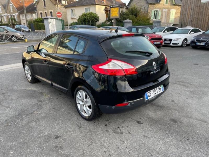 Photo 3 de l'offre de RENAULT MEGANE 1.2 ENERGY TCE 115 EXPRESSION CLIM à 7990€ chez Triplo auto