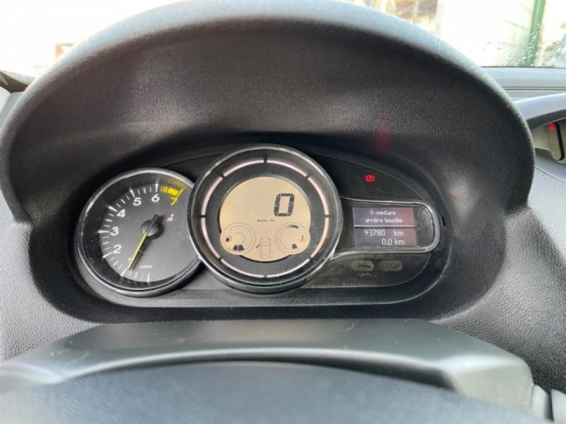 Photo 16 de l'offre de RENAULT MEGANE 1.2 ENERGY TCE 115 EXPRESSION CLIM à 7990€ chez Triplo auto