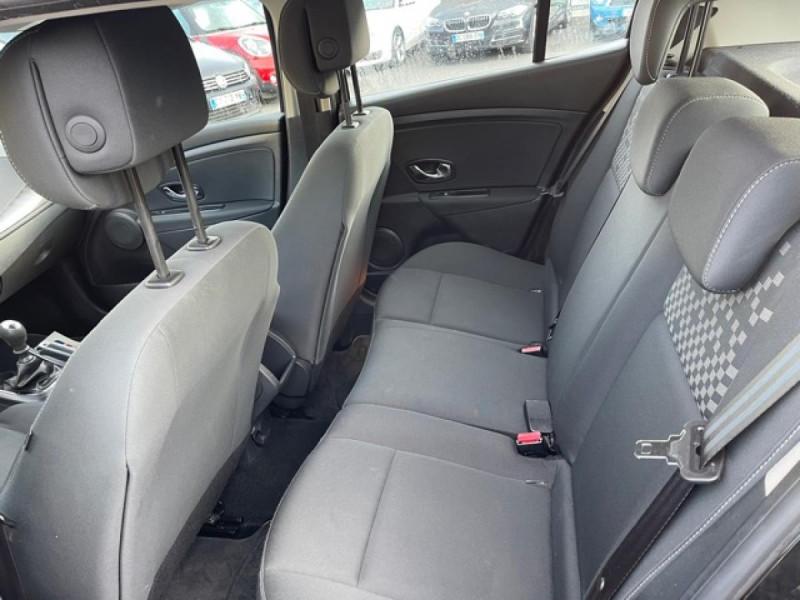 Photo 10 de l'offre de RENAULT MEGANE 1.2 ENERGY TCE 115 EXPRESSION CLIM à 7990€ chez Triplo auto
