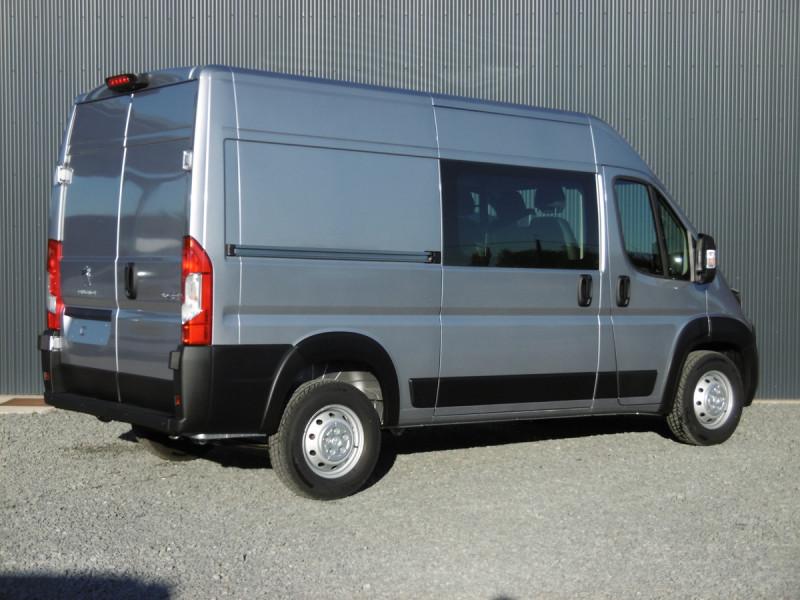 Photo 2 de l'offre de PEUGEOT BOXER FOURGON TOLE 435 L2H2 PREMIUM à 29667€ chez Centrale auto marché Périgueux