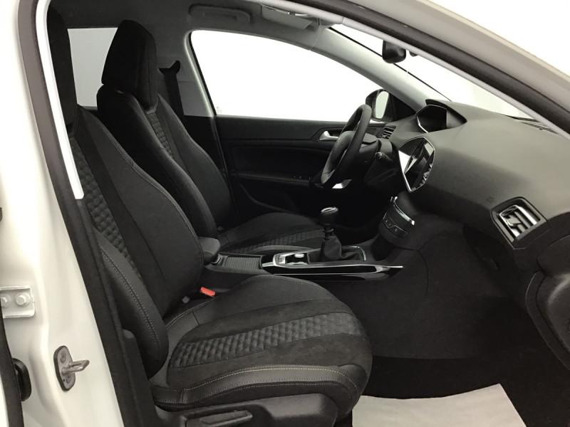 Photo 6 de l'offre de PEUGEOT 308 SW ROADTRIP à 23859€ chez Centrale auto marché Périgueux