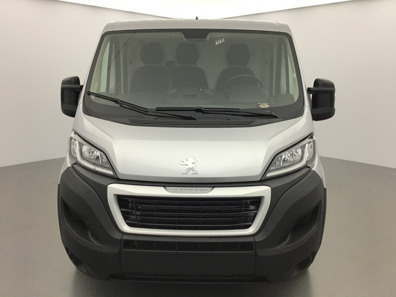 Photo 3 de l'offre de PEUGEOT BOXER FOURGON TOLE L1H1 PREMIUM à 27955€ chez Centrale auto marché Périgueux