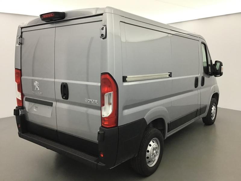 Photo 2 de l'offre de PEUGEOT BOXER FOURGON TOLE L1H1 PREMIUM à 27955€ chez Centrale auto marché Périgueux